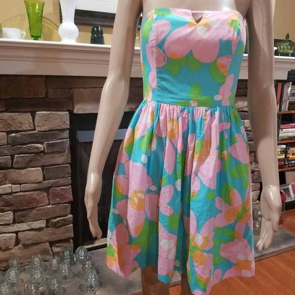 Lilly Pulitzer Dresses & Skirts - Lilly Pulitzer spring floral dress 00 Richelle